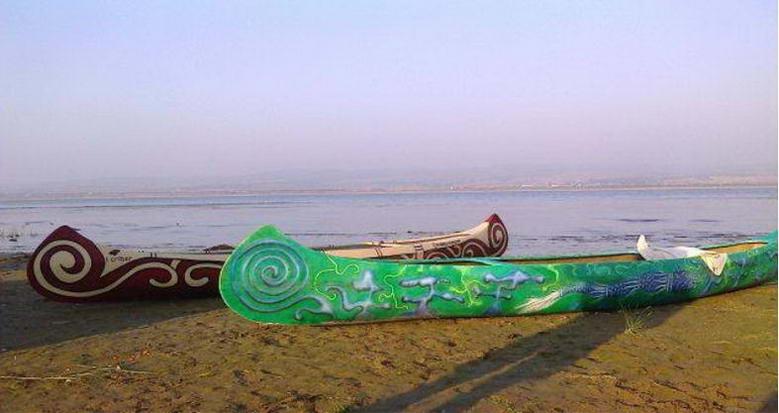 canoe-criber-nautics-pe-urmele-plutasilor
